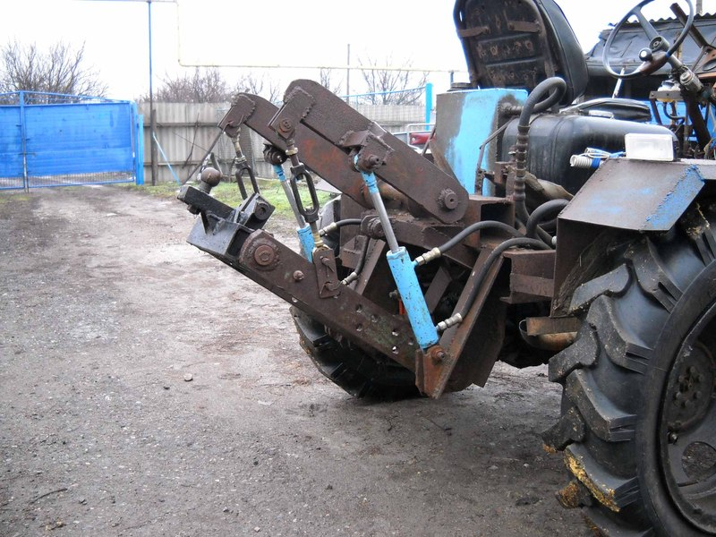 Купить запчасти для трактора марки Кейс со склада