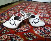 Продам туфли-босоножки