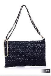 Стильная компактная черная женская сумка из новой коллекции кожа PU