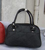 Женская маленькая   кожа pu сумка черного цвета