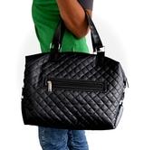 Стильная практичная женская сумка из стеганого текстиля