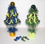 Новогодние елки,  подарки из конфет