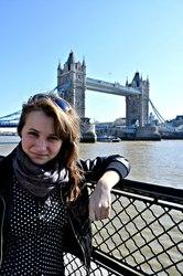 Репетитор по английскому языку для школьников младшей и средней школы.