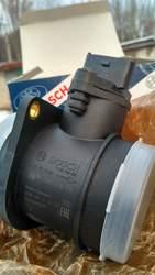 Продам датчик расходомера на ВАЗ 2113, 14, 15- BOSH 116